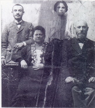 Rose Merims with parents(?) and brother?